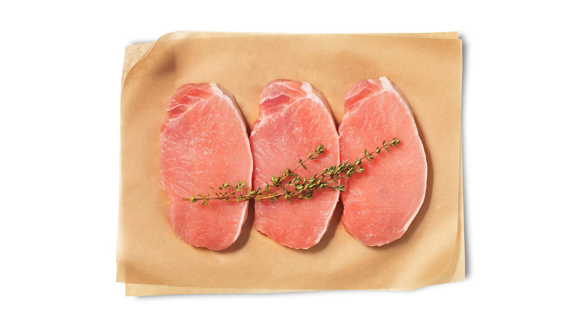 Hofstädter Karreesteak vom Schwein geschnitten