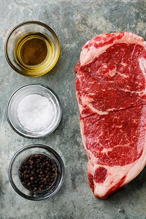 Fleisch marinieren Teaser hochformat