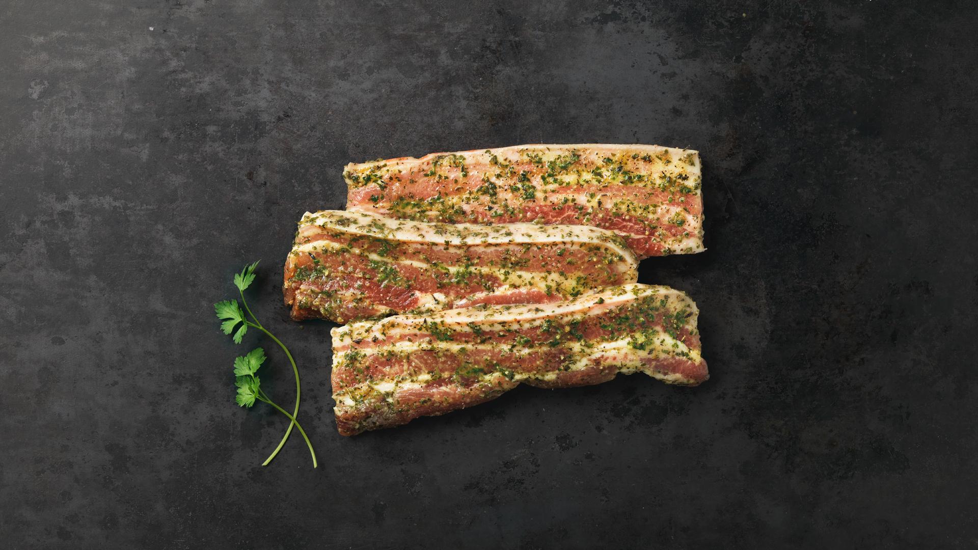 Hofstädter Bauchfleisch mariniert mit Kräuter